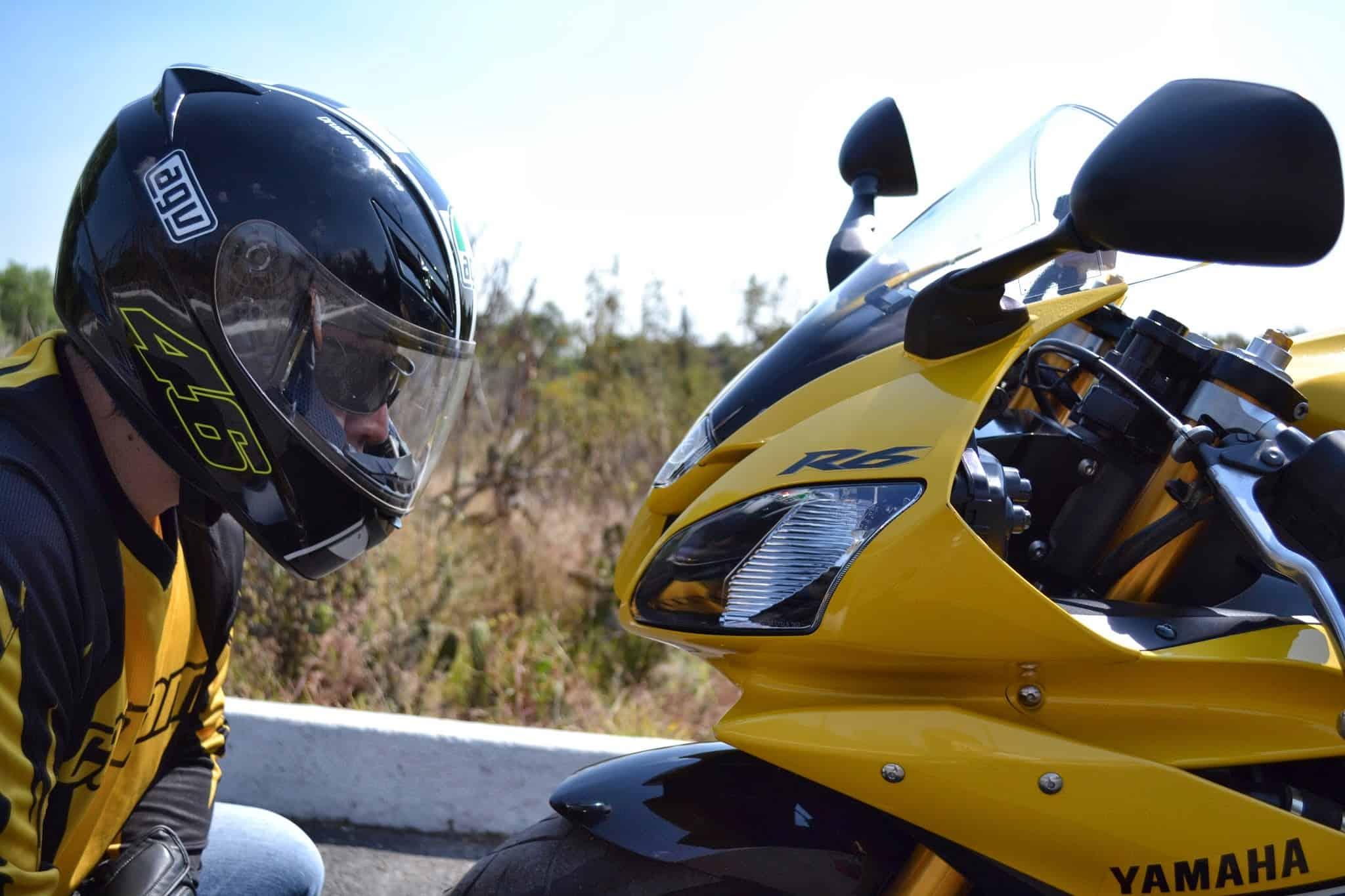 La moto y la vida evZek